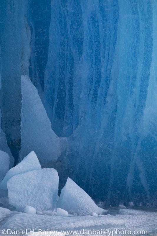 Icebergs in the Knik Glacier gorge