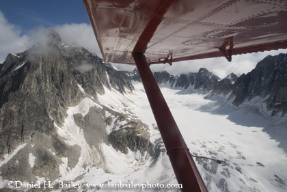 Flying over the Pika Glacier